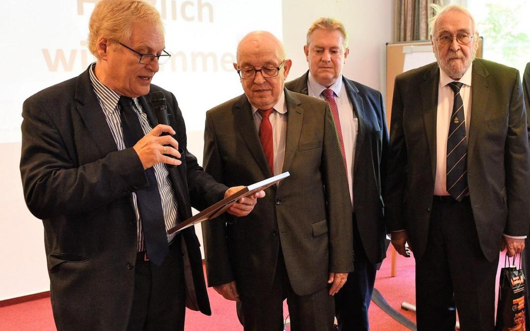 Hermann Deninger-Literatur-Preis der Stiftung zur Förderung der Philatelie und Postgeschichte vergeben!