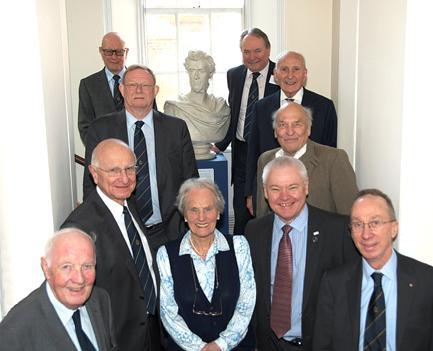 Frühere Präsidenten der RPSL stellten in London aus!